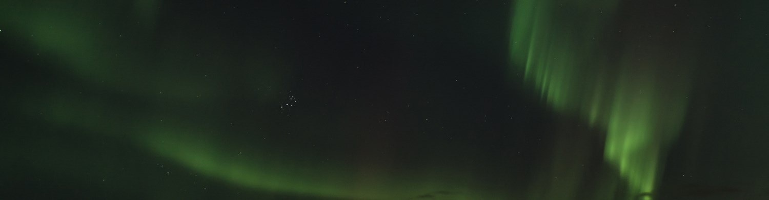 11083110-northern-lights-aurora-borealis-in-october-northern-sweden.jpg